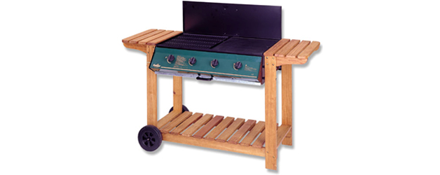 4 Burner Wooden Frame Barbeque with Lid